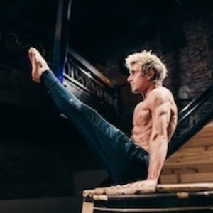 Josh Kramer's Online Workout Videos on Cody