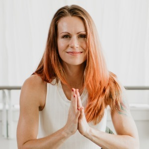 Adrienne Kimberley's Online Workout Videos on Alo Moves