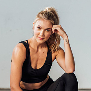 Callie Gullickson's Online Workout Videos on Alo Moves