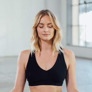 Caley Alyssa's Online Workout Videos on Alo Moves
