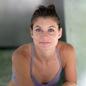 Adell Bridges' Online Workout Videos on Alo Moves