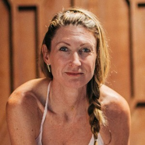 Janet Stone's Online Workout Videos on Alo Moves