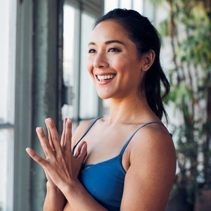 Briohny Smyth's Online Workout Videos on Alo Moves